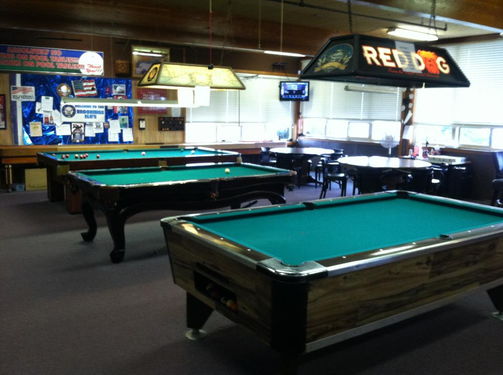 Lodge 1934 facilities for 10 foot snooker table