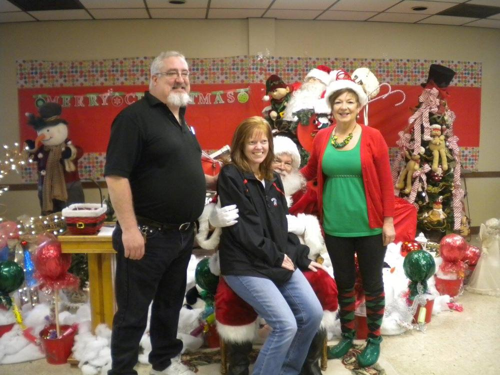 ER Pat Monks, First Lady Jenn Monks, Santa Clause, with with Elf, Luanne Cummings.