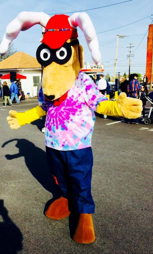 """Elroy"" joined the festivities at Bell's Big Bed Race.  He even raced the York Rev's Mascot ""Downtown""."