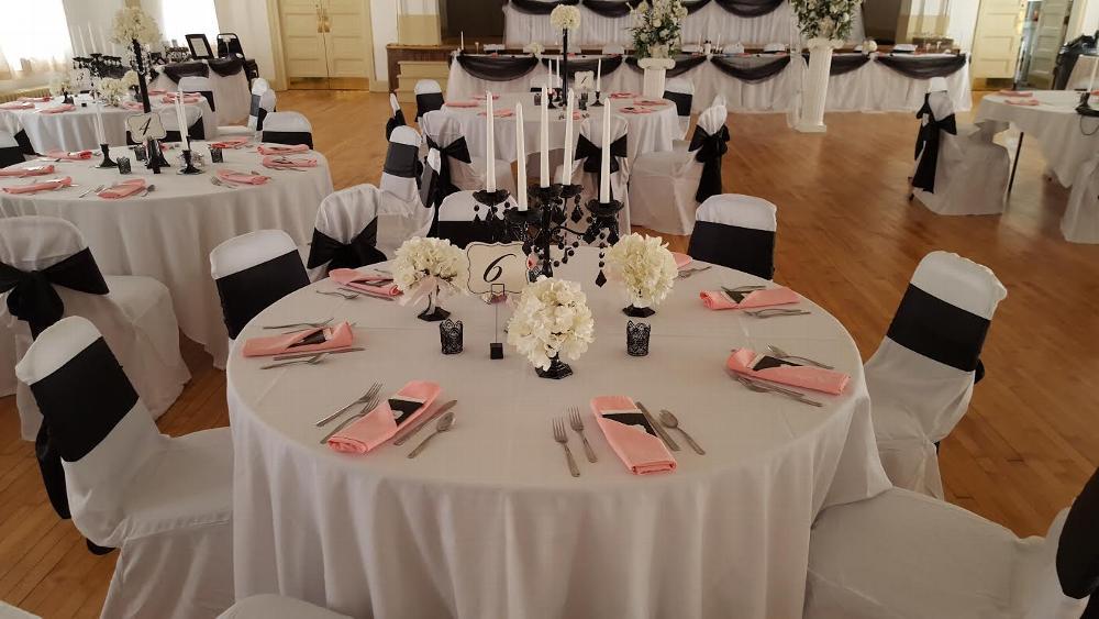 Ballroom - table set-up