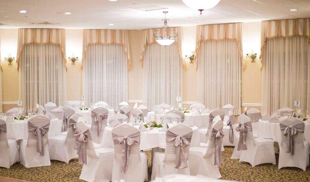 The Cremer Room accommodates up to 150 people for an intimate affair.