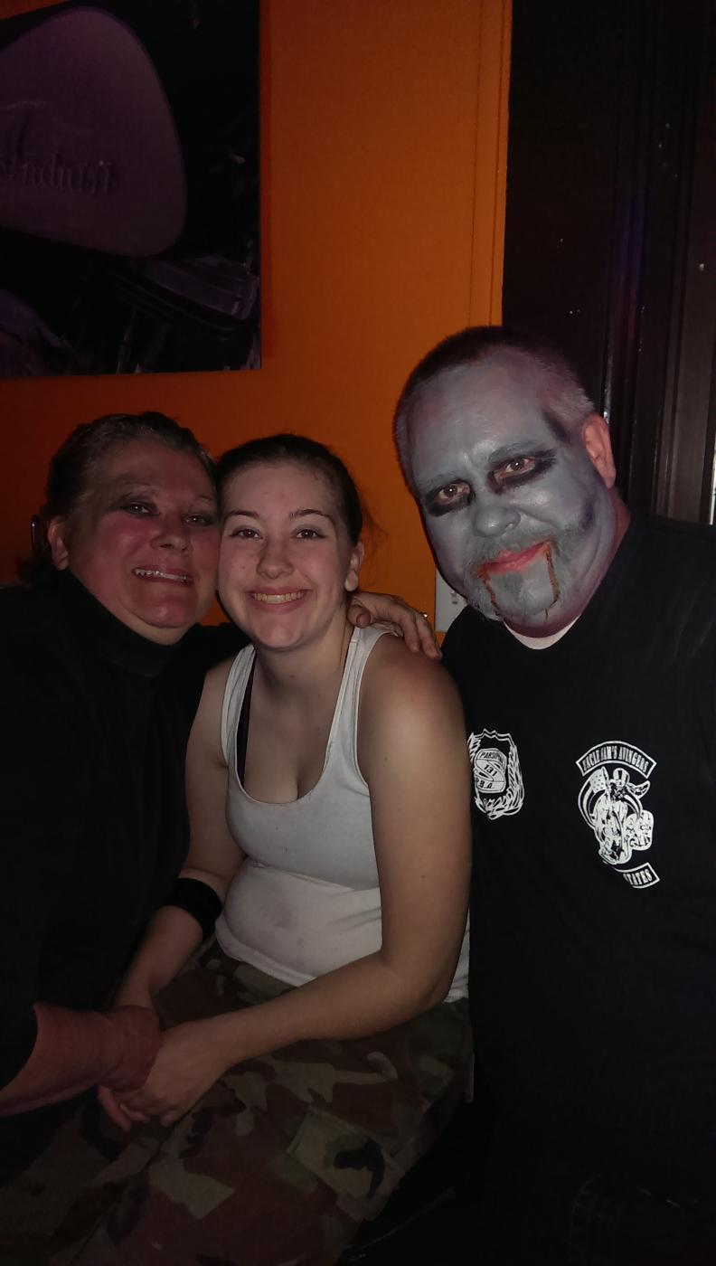 PER Jim, his Wife Lisa and their daughter Nicole.  The family that Haunts together for Charity every year!