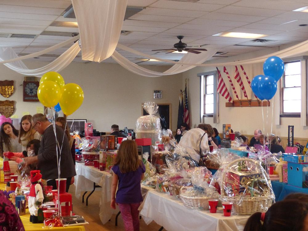 Calling the winners - Special Children's Auction 2016
