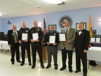 On October 26th 2013 during Red Ribbon Week Sussex Lodge #2288 and Hackettstown Lodge 2331 present officers from their communities recognition awards for their commitment to educating the youth in our communities on the dangers of drug use.